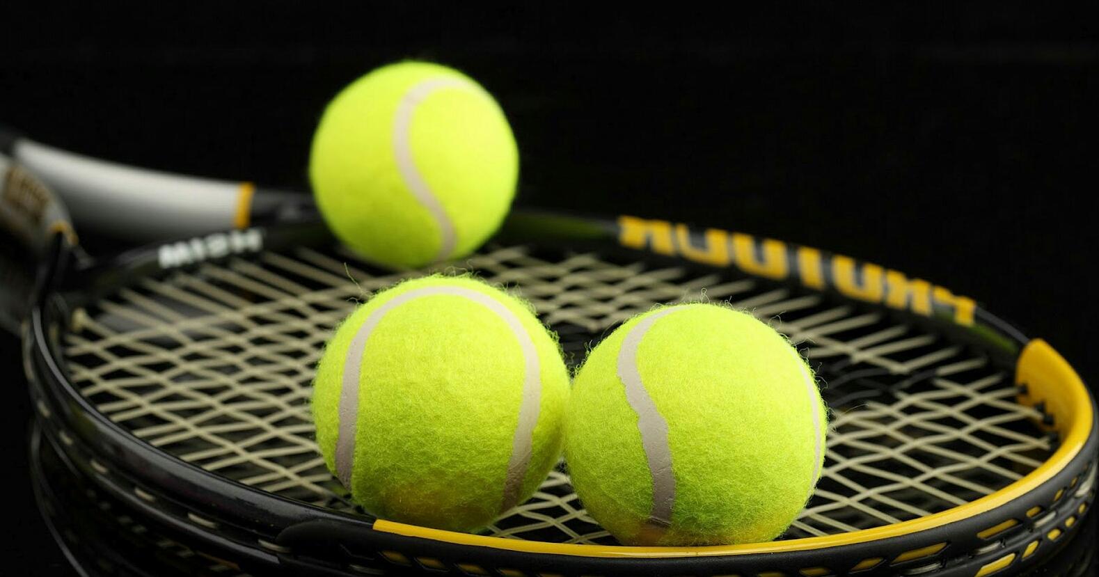 Top 5 Raket Tenis Terbaik 2018